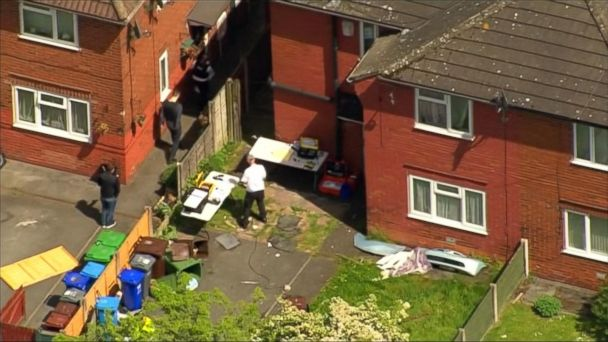 VIDEO: Search for Manchester bomber's potential ISIS connections underway