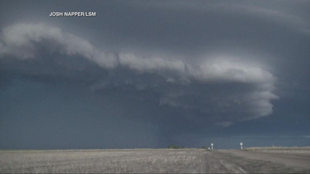 VIDEO: Dangerous storms push east over holiday weekend