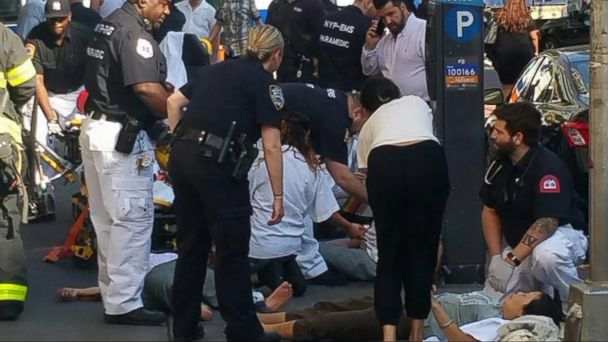 VIDEO: A chaotic scene in New York City after reports of a carbon monoxide leak