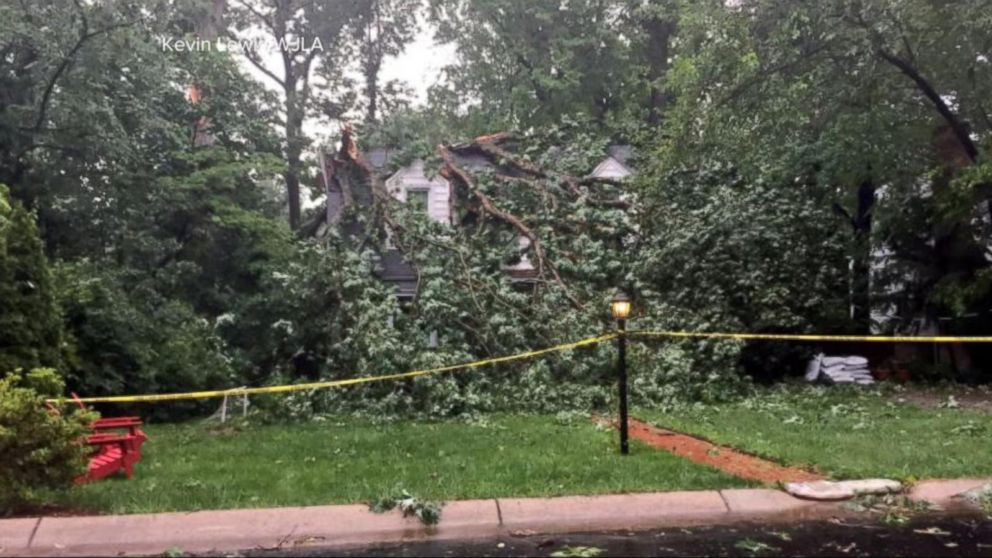 VIDEO: Severe storms move across eastern U.S.