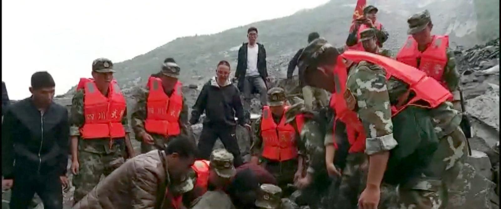VIDEO: Desperate search for landslide survivors in China