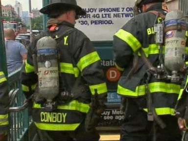 WATCH:  NYC subway riders evacuated after brake incident