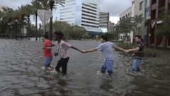 VIDEO: Americans respond to Hurricanes Harvey and Irma with Hand in Hand benefit