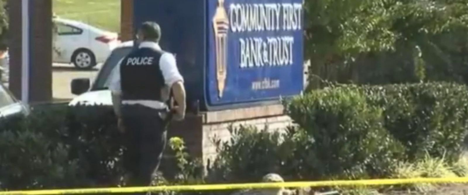 VIDEO: Hostage situation unfolding at a bank in Tennessee
