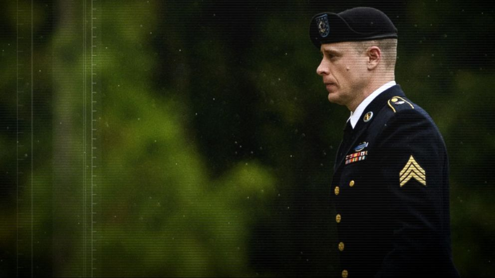 Sgt . Bowe  Bergdahl  pleaded guilty to desertion charges at a court martial hearing today