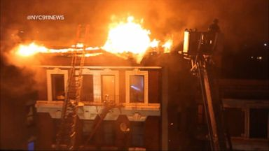 'VIDEO: Fast-moving fire leaves families homeless just as Christmas approaches' from the web at 'http://a.abcnews.com/images/WNT/171217_wn_index_16x9_384.jpg'