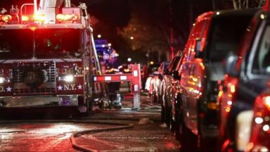 'World News 12/29/17: Deadly Apartment Fire in the Bronx Kills1_b@b_1Least 12' from the web at 'http://a.abcnews.com/images/WNT/171229_wn_full_16x9_384.jpg'