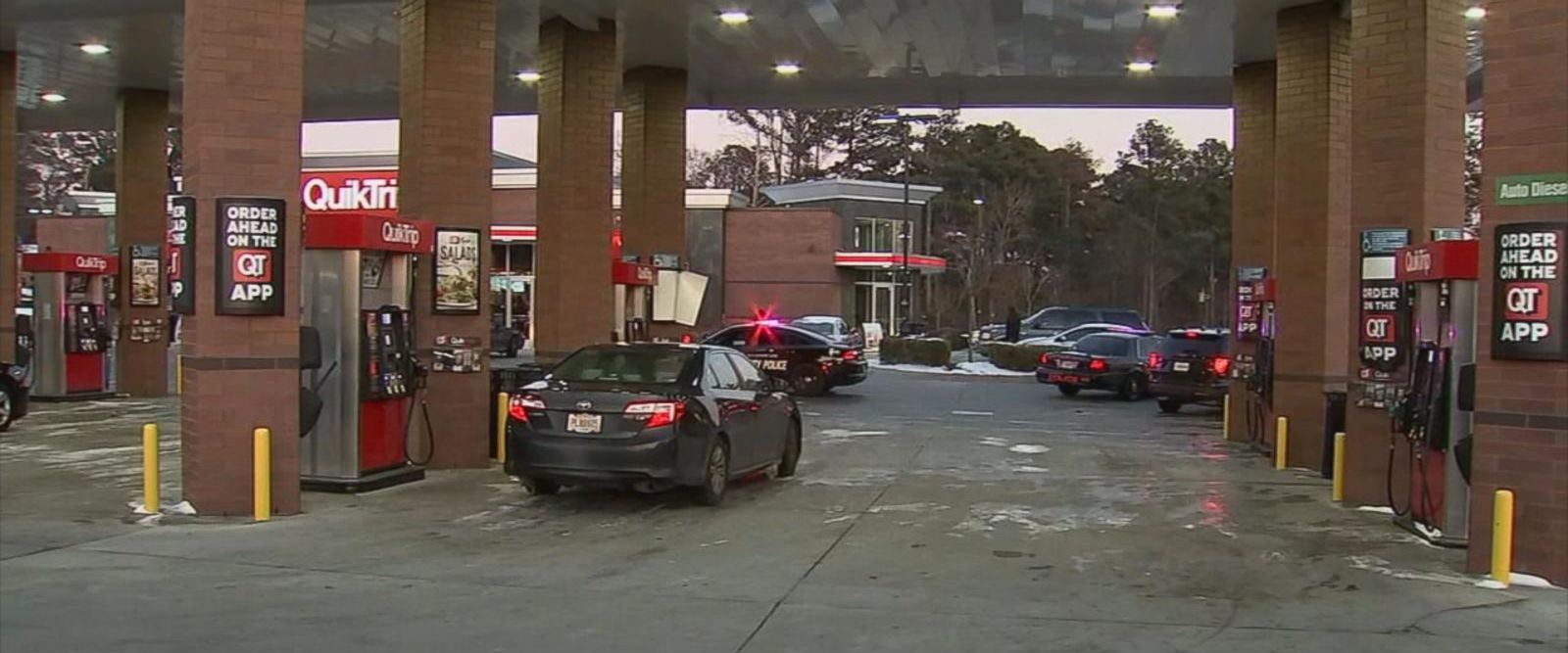 VIDEO: Car stolen at gas pump in Atlanta while two children were on board