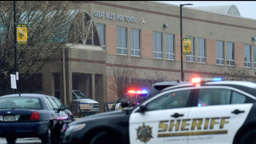 School resource officer touted for engaging alleged teen gunman: Police