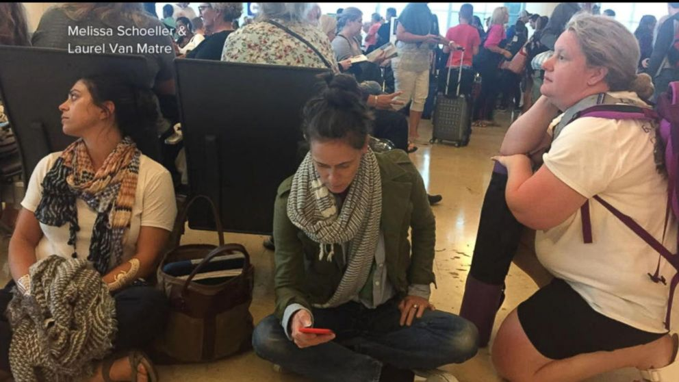 Mexico  vacationers scrambling to get back to US after airline cancels flights