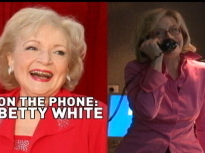 VIDEO: Diane Sawyer chats with Betty White about hosting SNL