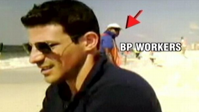VIDEO: ABC reporter Matt Gutman questioned during video chat on Alabama beach.