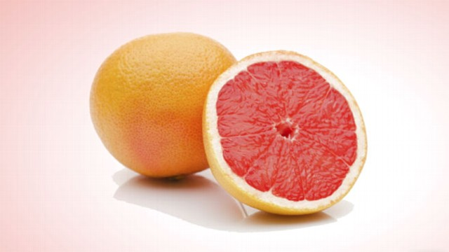 VIDEO: A new study shows that grapefruit can interact with growing list of popular drugs.