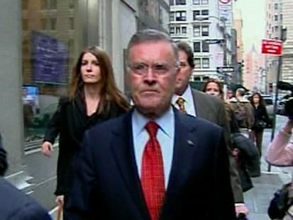 VIDEO: Bank CEO Pressed on Bonuses
