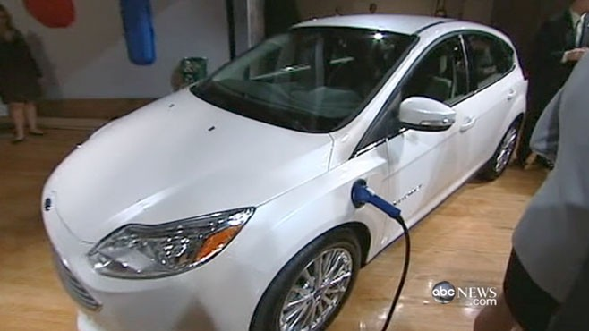VIDEO: With gas prices rising, the theme of this year?s show is electric cars.