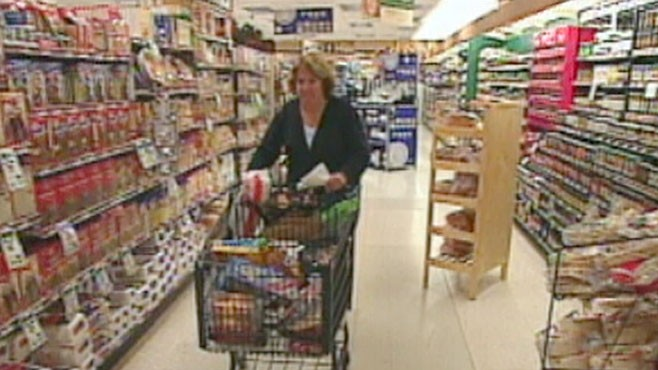 VIDEO: Companies are shrinking grocery packaging to shore up their margins.