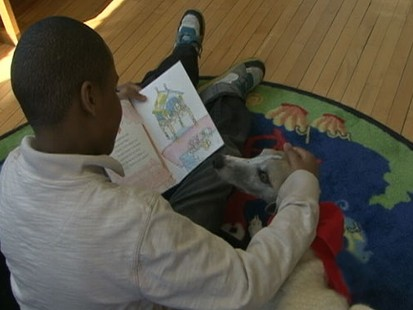 VIDEO: Children struggling with reading do not feel judged when reading to dogs.