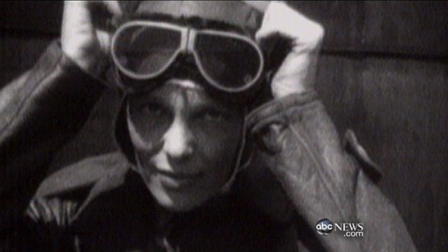 VIDEO: Secretary of state endorses renewed search for the iconic female pilot.