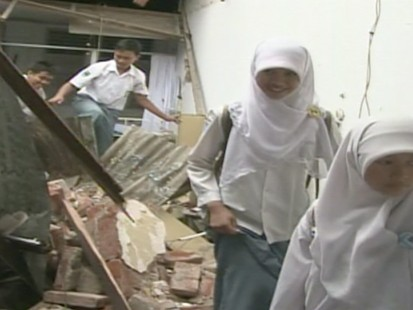VIDEO: Search for Survivors in Indonesia Ends