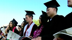 VIDEO: College grads seek work