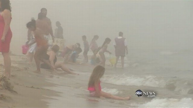 VIDEO: States experience temperatures 100 degrees or higher this summer.