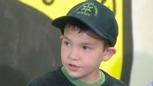 VIDEO: When armed robbers threaten his family this little boy calls 9-1-1.