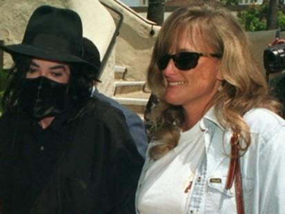 VIDEO: Michael Jacksons Mother files for custody