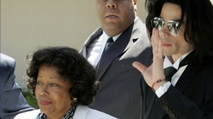 VIDEO: Jacksons Ex-Wife Vows to Fight for Kids