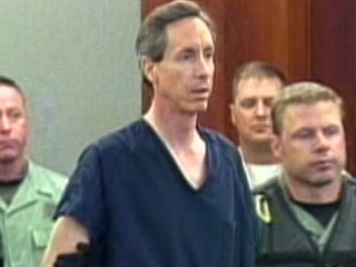 Watch: Warren Jeffs Still Has Followers From Jail Cell