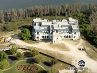 Watch: 'American Versailles' Mansion Flaunts Recession