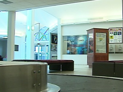 VIDEO: empty airport sucks up stimulus