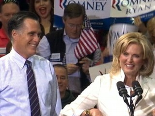 Watch: Mitt Romney Spends Final Campaign Hours in Ohio