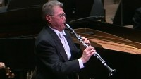 VIDEO: Top Clarinetist's Curtain Call