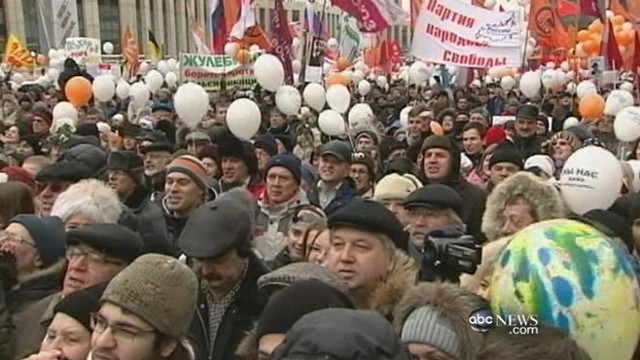 VIDEO: Protestors are calling for free elections and change at the Kremlin.