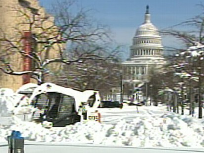 VIDEO:Mid Atlantic States Paralyzed By Snowstorm