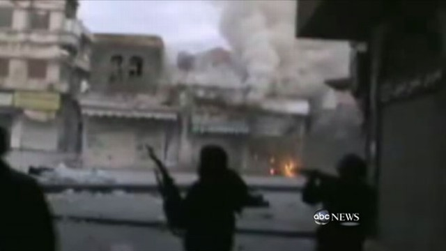 VIDEO: Fatal shelling in Syrian city of Homs; women and children evacuated.