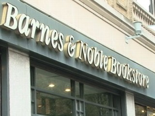 Watch: Barnes and Noble: Customer Credit Card Info Stolen