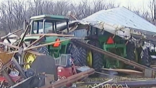 VIDEO: New Year's Eve sees more wild storms from Arkansas to Missouri to Illinois.
