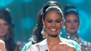 VIDEO: Miss Mexico is Crowned Miss Universe