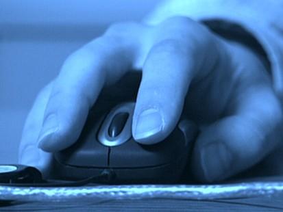 VIDEO: Cyber-criminals target Facebook users