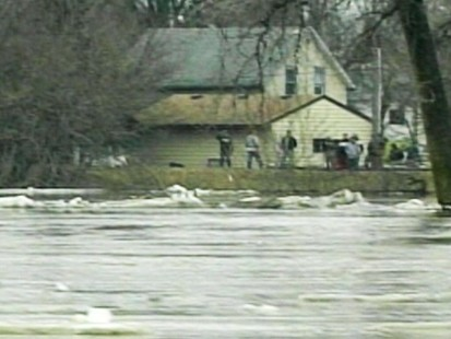 VIDEO: Floods in North Dakota