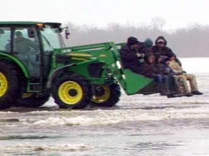 VIDEO: Fargo Gets Ready for Floods