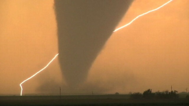 Video: Monster Twisters Caught on Tape