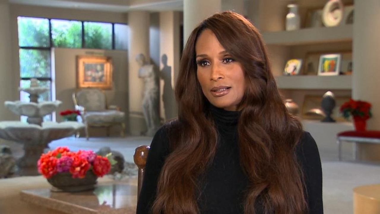 VIDEO: Famed Model Beverly Johnson Joins List of Cosby Accusers