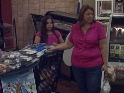 VIDEO: Shopper hurls insults at overweight mom buying junk food; will someone speak up?