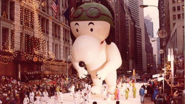 ht macys Flying Ace Snoopy kb 131112 16x9 608 Snoopy Gets a Face Lift in Macys Thanksgiving Parade