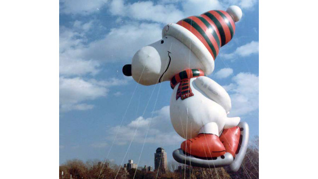ht skater snoopy 88 nt 131112 wmain Snoopy Gets a Face Lift in Macys Thanksgiving Parade