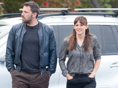 PHOTO: Ben Affleck and Jennifer Garner are seen in Brentwood, April 24, 2015 in Los Angeles.
