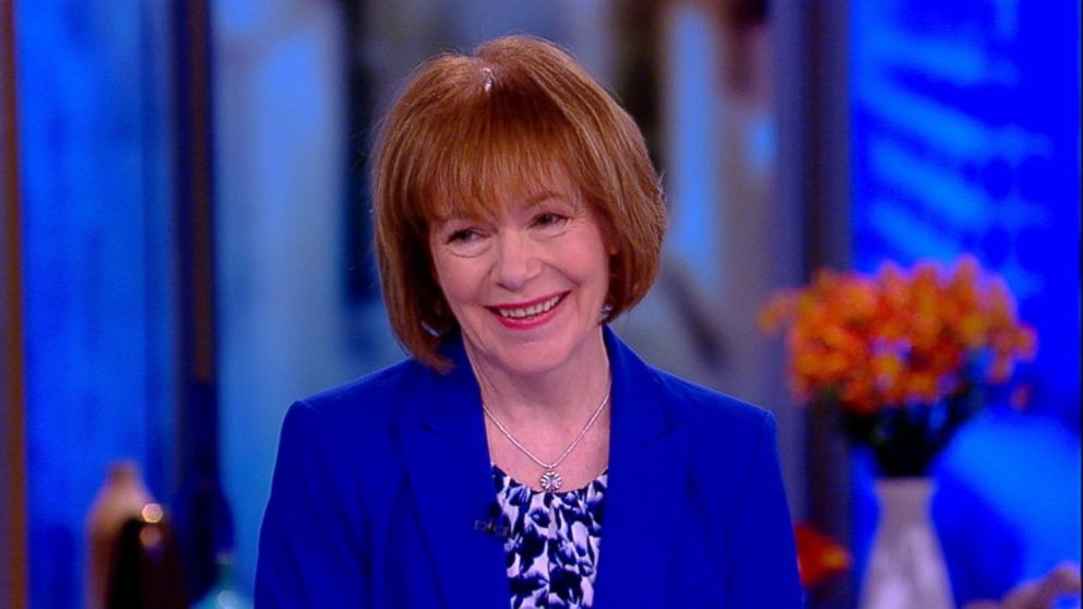 March 16, 2018: Ana Navarro joins as a guest co-host; Sen. Tina Smith hits the table