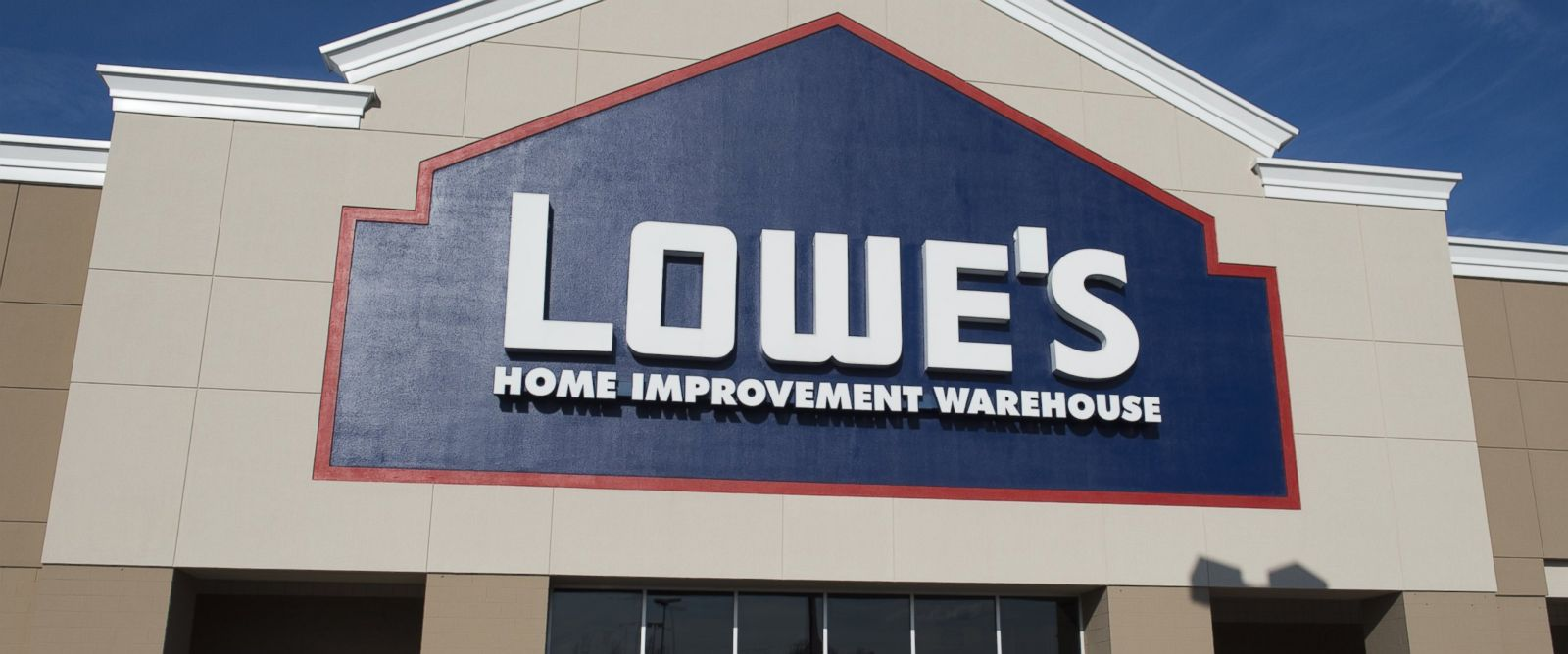 Lowes Store: Lowes Store Layoffs